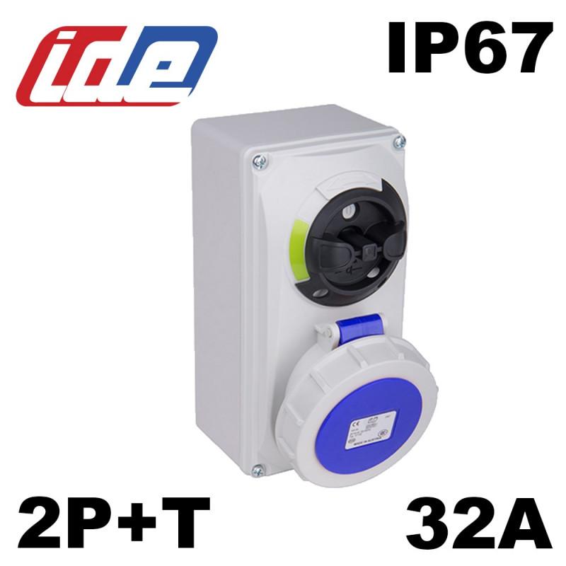 base murale avec sectionneur condamnable IP67 2P+T 220V 32A IDE