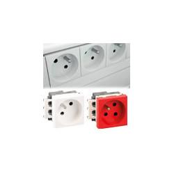 Prises 45x45 : appareillage compatible toutes les goulottes du marché